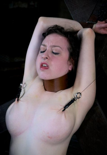Good slave tries hard BDSM