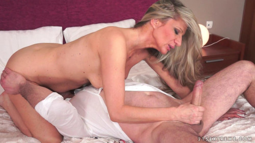 Aroused Milf Images
