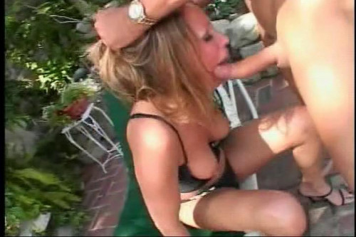 Perfect bitch loves anal