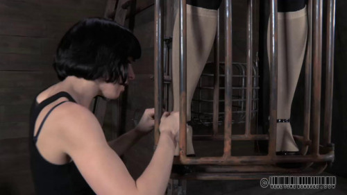 Realtimebondage - May 12, 2012 - Contorted Claire - Claire Adams